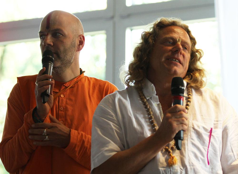 Rede während des Darshans von Sri Swami Vishwananda